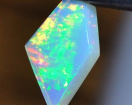 4.20ct ETHIOPIAN WELLO GEM OPAL TERRIFIC TINY GREEN FLAMES OF FIRE
