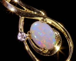 10K FIRE CRYSTAL OPAL SET IN 10K YELLOW GOLD PENDANT TOP SB574