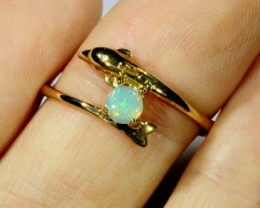 SIZE 7 CRYSTAL OPAL SET IN DOLPHIN SHAPE 9K GOLD RING CJ911
