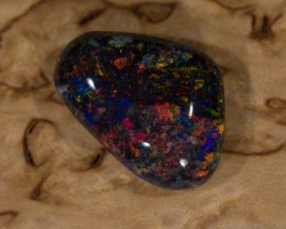 3.93 ct Solid Matrix opal from Andamooka
