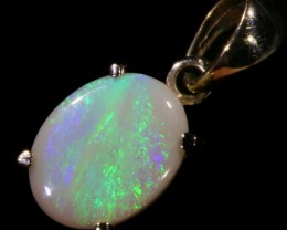 Cute Solid Crystal Opal 18k Gold Pendant SB 773