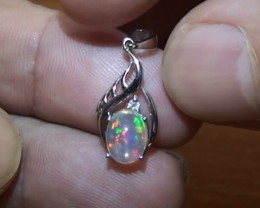 4.50 ct Stunning Modern 925 Silver Solid Welo Opal Pendant