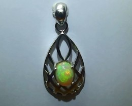 14.0 ct Stunning Modern 925 Silver Solid Welo Opal Pendant