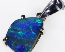 18k White gold with  solid Boulder opal CF993