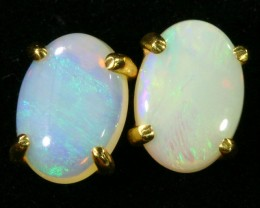 Crystal Opal set in 18k yellow gold Earring CF1196