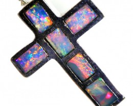 Inlay Opal Pendant set in 18k Gold CF 1213