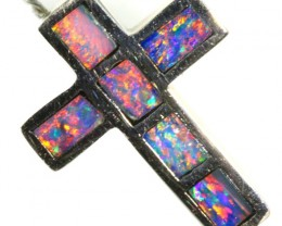 Inlay Opal Pendant set in 18k Gold CF 1214