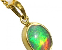 Enhanced Crystal Opal Set in 18K Yellow Gold Pendant CF1219