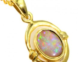 Solid Crystal Opal Set in 18K Yellow Gold Pendant CF1235