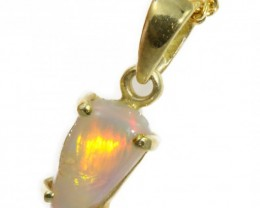 Solid Crystal Opal Set in 18K Yellow Gold Pendant CF1236
