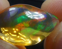 7.5 carats Mexican Crystal Orange Opal Bright Fire Multi-Color