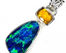 DOUBLET OPAL WITH MEXICAN OPAL SET IN PENDANT FREE CHAIN [SOJ5905]