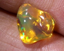 2.4 CTS MEXICAN FIRE OPAL CARVED STONE FOB-1174