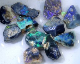 77CTS DARK OPAL ROUGH PARCEL DT-7515