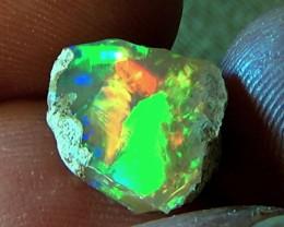 4.90 cts Ethiopian Welo CHAFF FLASH opal N7 5/5