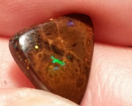 4.15 cts Natural solid boulder opal with multiple sparkling gem fire