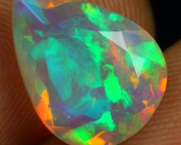 CHRISTMAS SALE  Faceted 3.00cts Top 5/5 Astonished Multi Fire Ethiopian Opa