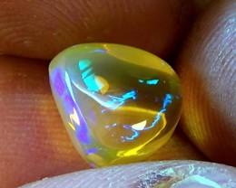 3.90 cts Ethiopian Welo FLASH crystal opal N9 3/5