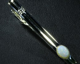 Solid Crystal Opal Tie bar QOM 1653