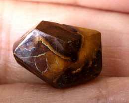 8.35CTS BOULDER OPAL CARVING DRILLED LO-4641