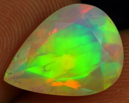 FACETED 3.35cts GREEN FEATHER PATTERN Natural Ethiopian Welo Opal