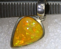 10.5 CTS ETHIOPIAN OPAL SILVER PENDANT FOB-1222