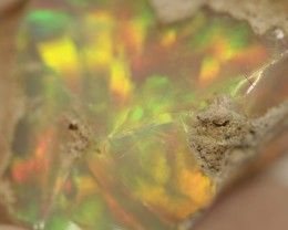 8.28 grams Gem Welo opal rough.