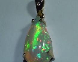 Gold Pendant 14k Natural Gem Rainbow Color Welo Opal 11.40 ct