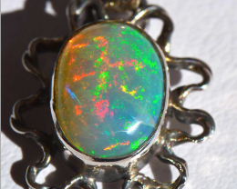 No Reserve Ethiopian Welo Opal Quality .925 Sterling Silver Pendant Mexican