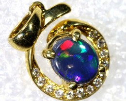9.3CTS YELLOW GOLD OPAL AND DIAMOND PENDANT INV-904