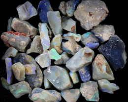 452.55 CTS GAMBLE  COLOURFUL ROUGH PARCEL FROM LIGHTNING RIDGE[BR6017]