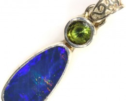 11.05 CTS PERIDOT  WITH OPAL  DOUBLET SILVER PENDANT[SOJ6180]