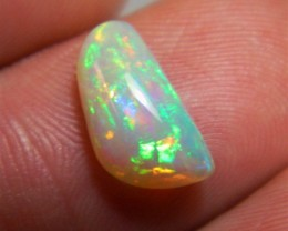 Brilliant full color Welo crystal opal