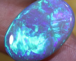 HUGE ELECTRIC BLUE/GREEN CRYSTAL(17.90 CTS)