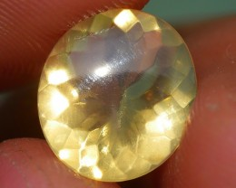 1.35 CRT FIRE OPAL FACETED VERY CLEAR YELLOWISH COLOR INDONESIAN OPAL