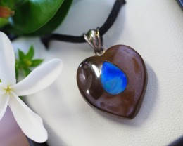 Lovers opal inlay Heart Pendant Su 11