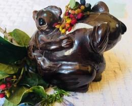 1.4  kilo Massive  Cute Australian Koala ,Mother & Child Carving PPP 20