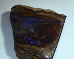 810 ct Boulder Opal Show Piece With Gem Blue Green Color