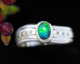 Doublet opal Silver Ring with a ring box Size 8 us SU 83