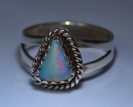 7.5sz HIGH QUALITY STERLING .925 SOLID MEXICAN OPAL RING