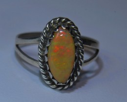 7sz HIGH QUALITY STERLING .925 SOLID WELO OPAL RING