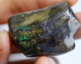 136.20 CRT WOOD OPAL HUGE GREENISH PLAY COLOR INDONESIAN OPAL