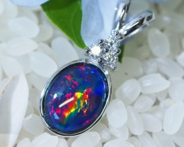 Cute Triplet Opal set in Silver Pendant  SU620