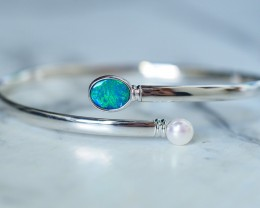 Modern Bangle Opal Doublet with Pearl in sterling Silver SU636