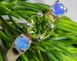 7 SIZE PERIDOT AND SOLID CRYSTAL SILVER RING-[SOJ6327]