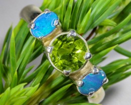 7 SIZE PERIDOT AND SOLID CRYSTAL SILVER RING-[SOJ6339]