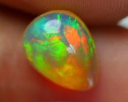 2.00 CRT DARK CRYSTAL GREENISH FIRE BEAUTY PLAY COLOR WELO OPAL