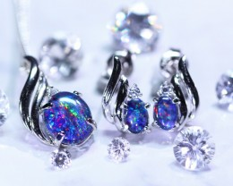 Beautiful Opal triplet  Jewellery set