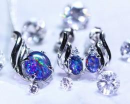 Beautiful Opal triplet  Jewellery set