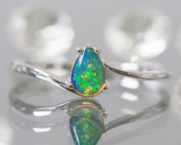 Cute  Crystal opal in 14k white gold Ring   SU1026